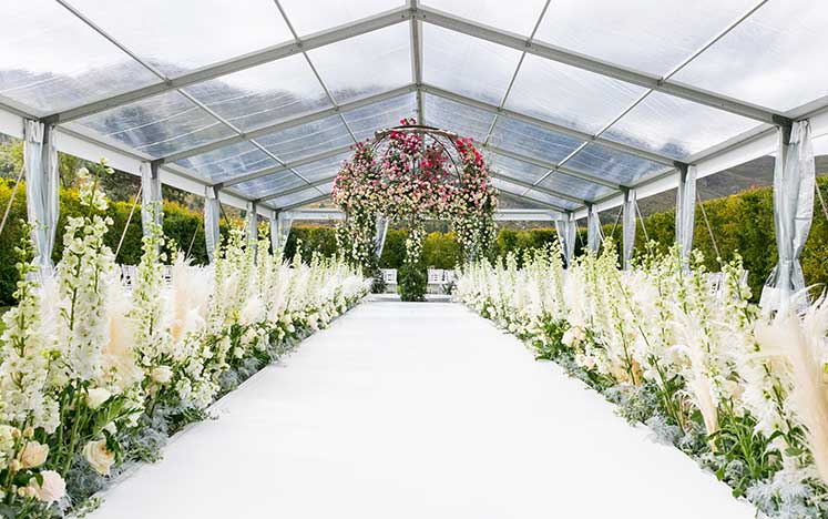 Spring Wedding with Opulence
